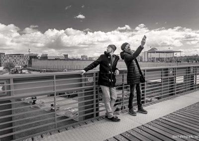 2 Italiener beim Selfie schießen
