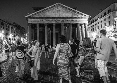Bella Ragazza Pantheon Roma